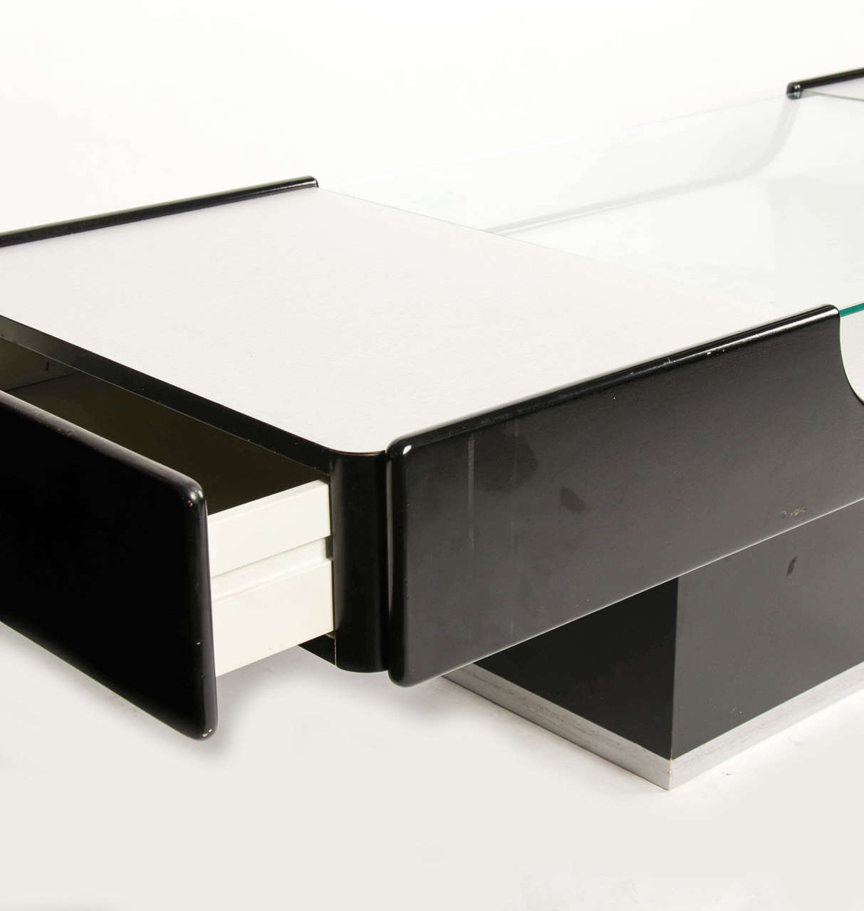 Coffee Table In Steel And Black Lacquer For Sale At 1stdibs