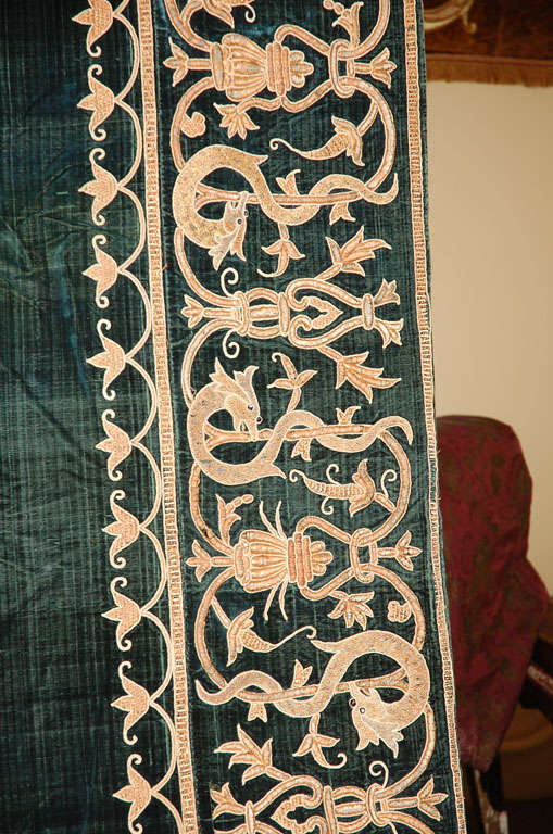 19th C. Stunning Embroidered Silk Velvet Coverlet/Tapestry image 5