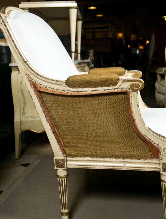 French louis xvi style painted chaise lounge at 1stdibs for Chaises louis xvi occasion