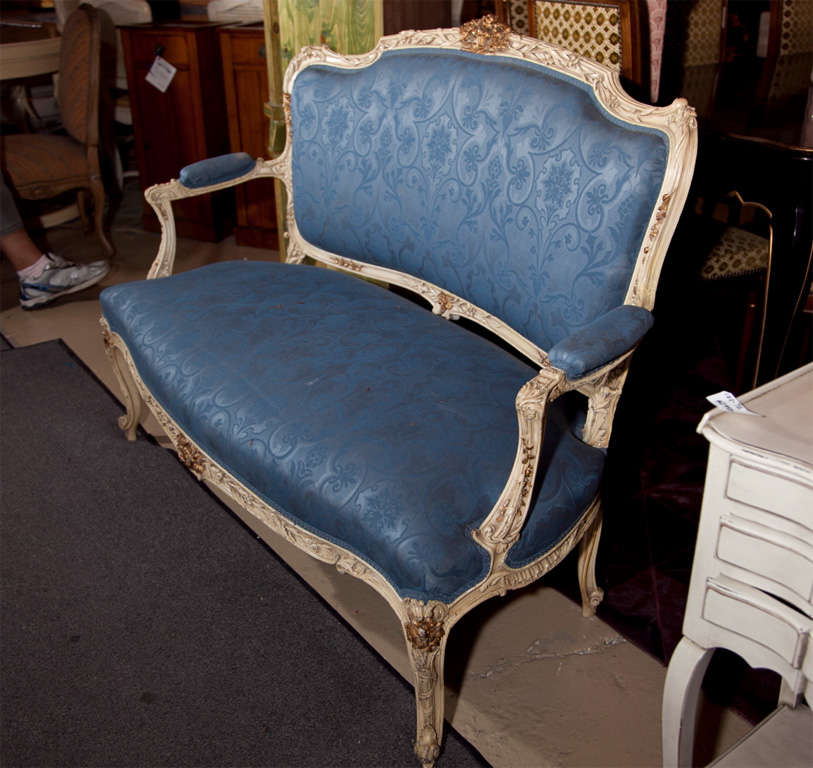 French louis xv style painted canape settee at 1stdibs for Canape style louis xv