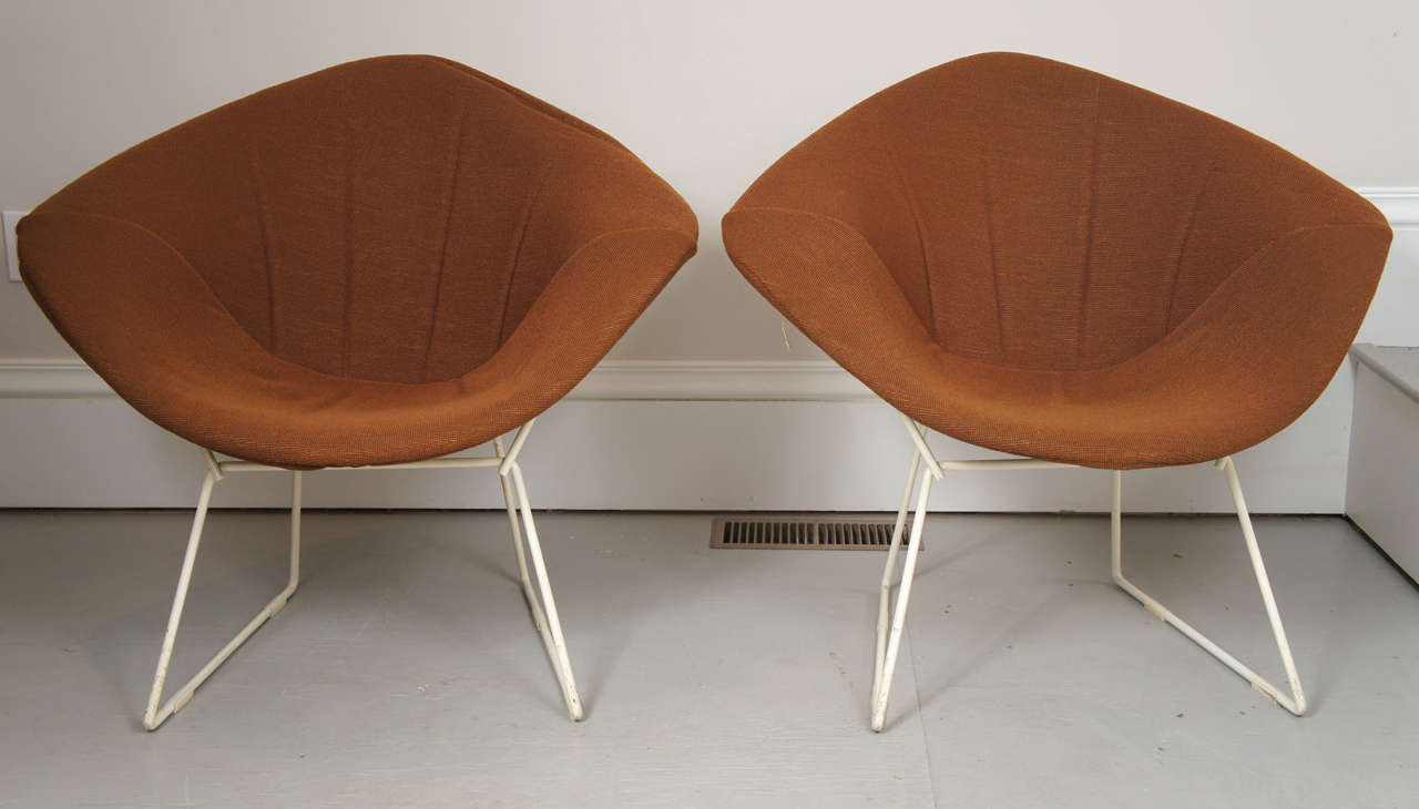 pair of harry bertoia diamond chairs original covers at. Black Bedroom Furniture Sets. Home Design Ideas