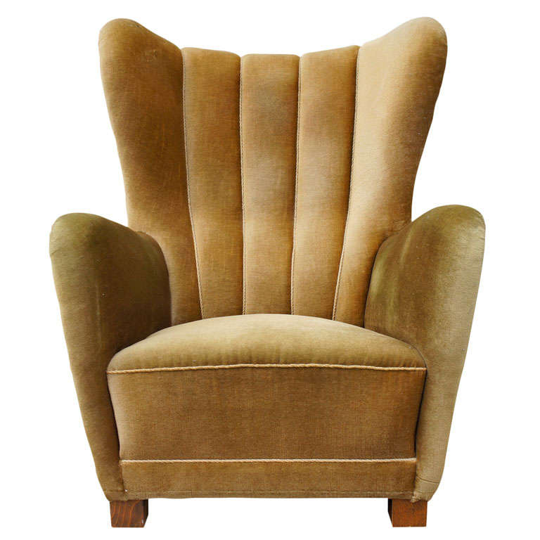 Large comfy armchair at 1stdibs for Large comfy armchairs