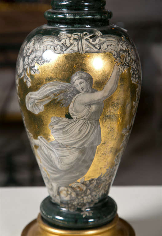 Pair Classical Design Table Lamps Urn Shape Form Reverse Glass Depicting Goddess In Good Condition For Sale In Stamford, CT
