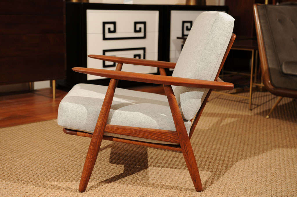 Mid-20th Century Hans Wegner Cigar Chair