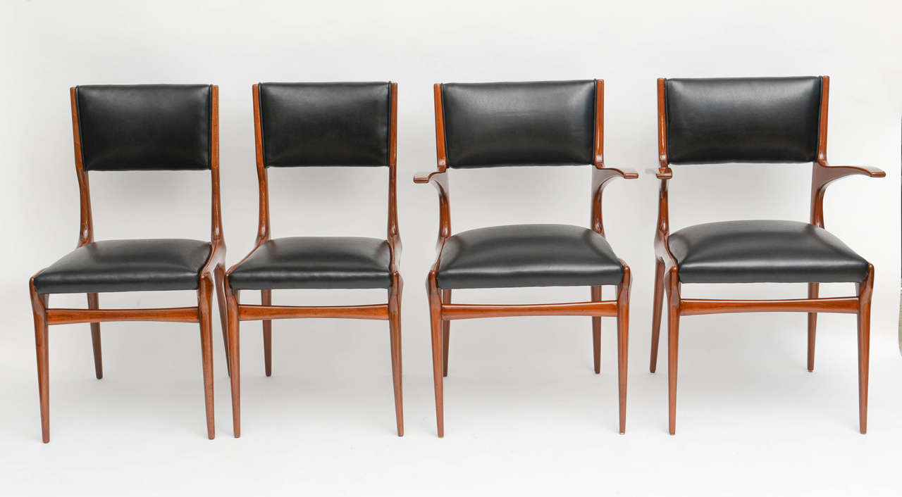 Mid-Century Modern Set of 12 Carlo di Carli Walnut Dining Chairs, Italy For Sale