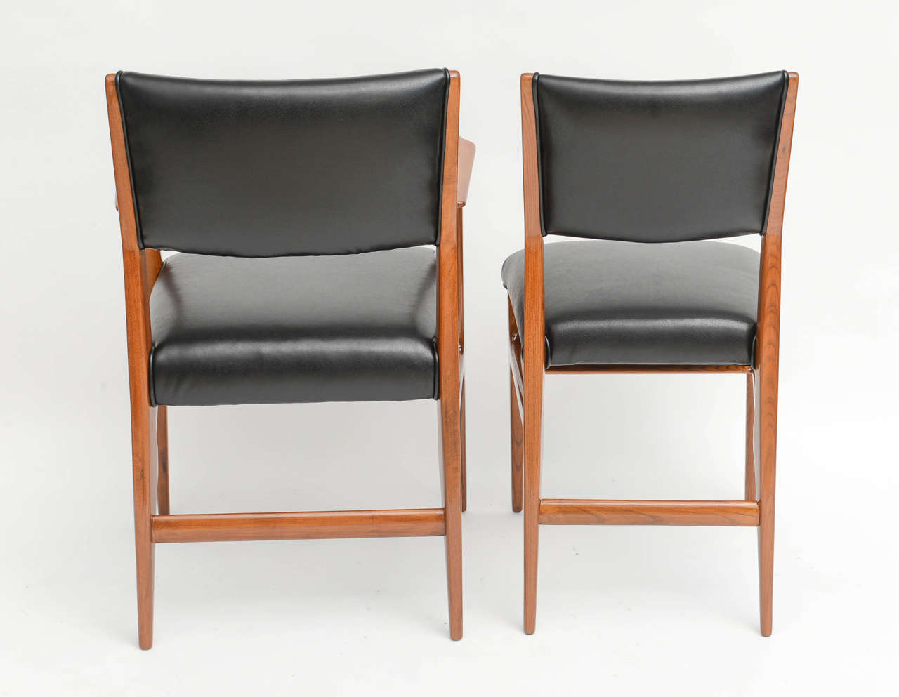 Fine Set of 12 Italian Modern Dining Chairs, Gio Ponti For Sale 3