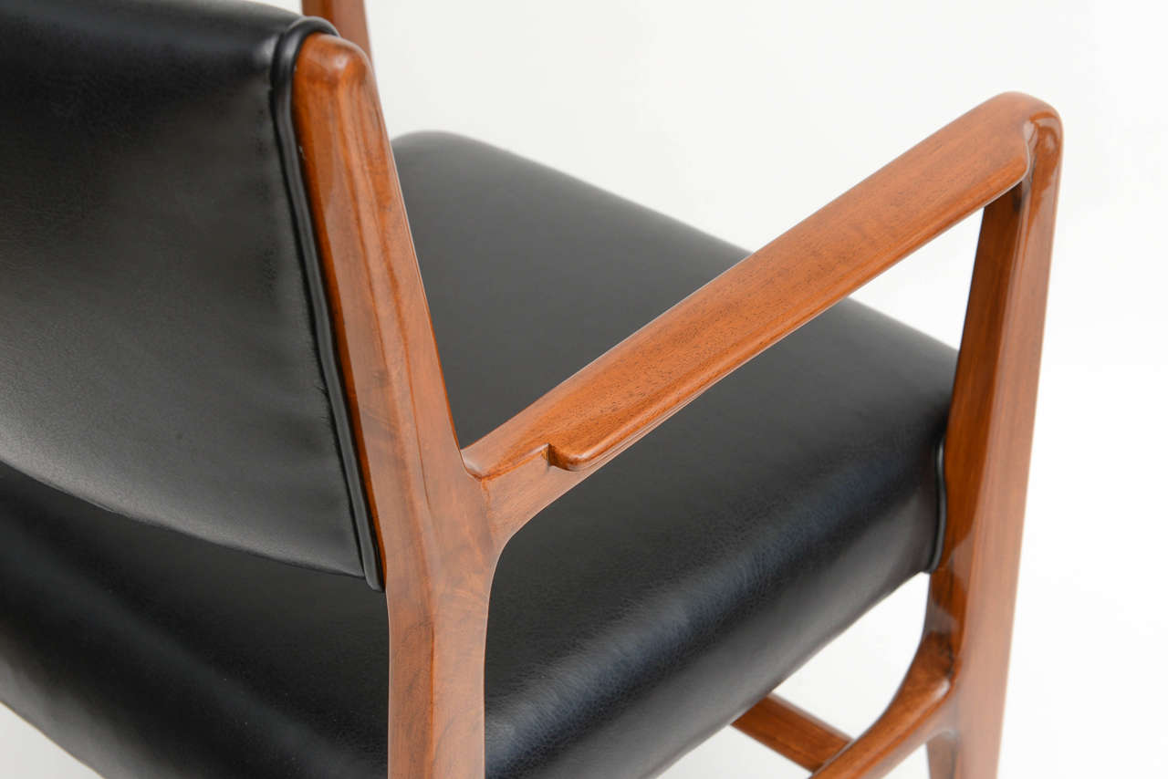Fine Set of 12 Italian Modern Dining Chairs, Gio Ponti For Sale 4