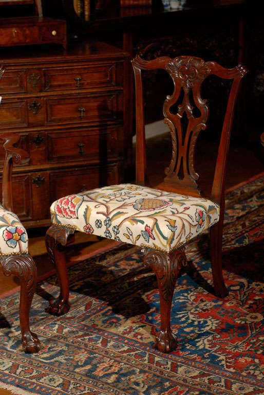 Very Fine Set of Ten English Chippendale Mahogany Dining Chairs 3