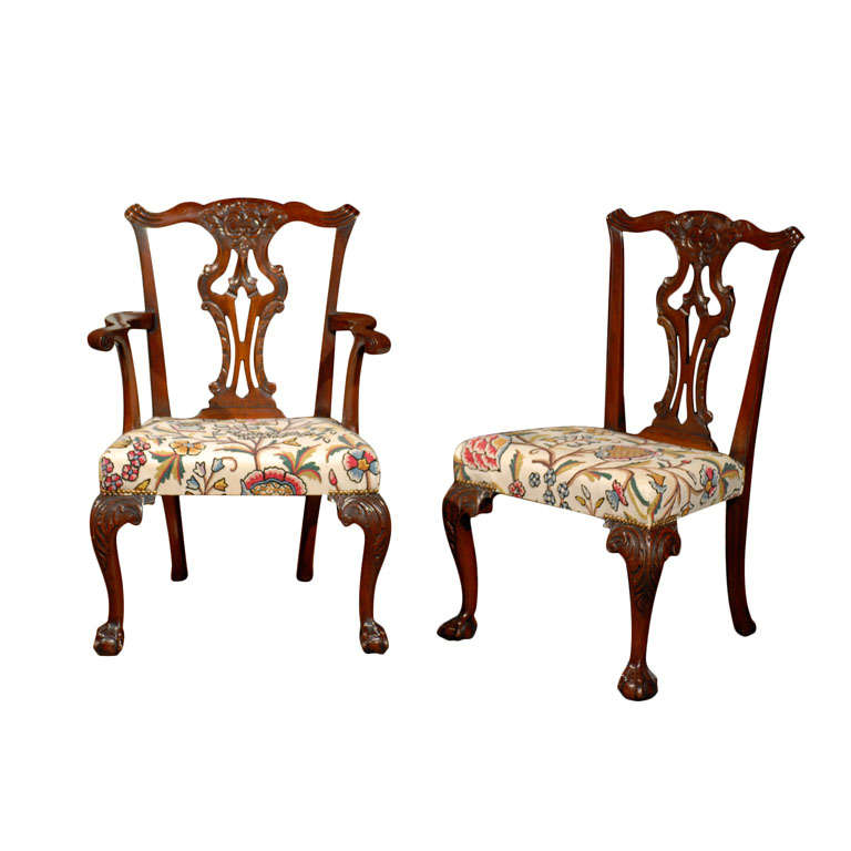 Very Fine Set of Ten English Chippendale Mahogany Dining Chairs 1
