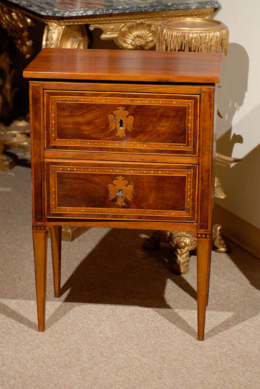 italian neoclassical walnut bedside commode ca 1800 at 1stdibs. Black Bedroom Furniture Sets. Home Design Ideas