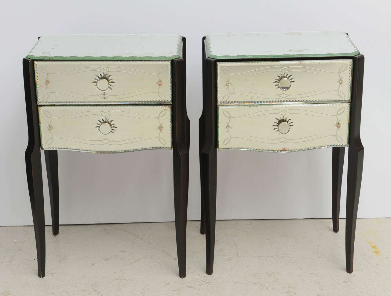 Mirror Bedside Table : Pair of Mirrored French Bedside Tables at 1stdibs