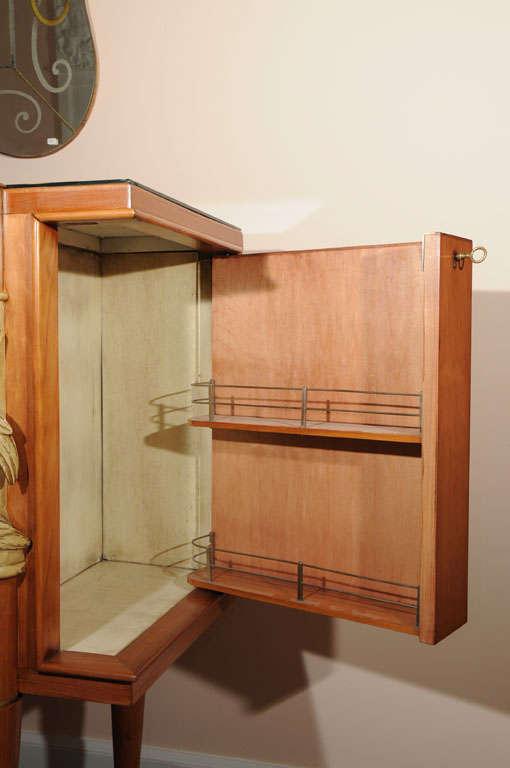 arte moderne bar at 1stdibs. Black Bedroom Furniture Sets. Home Design Ideas