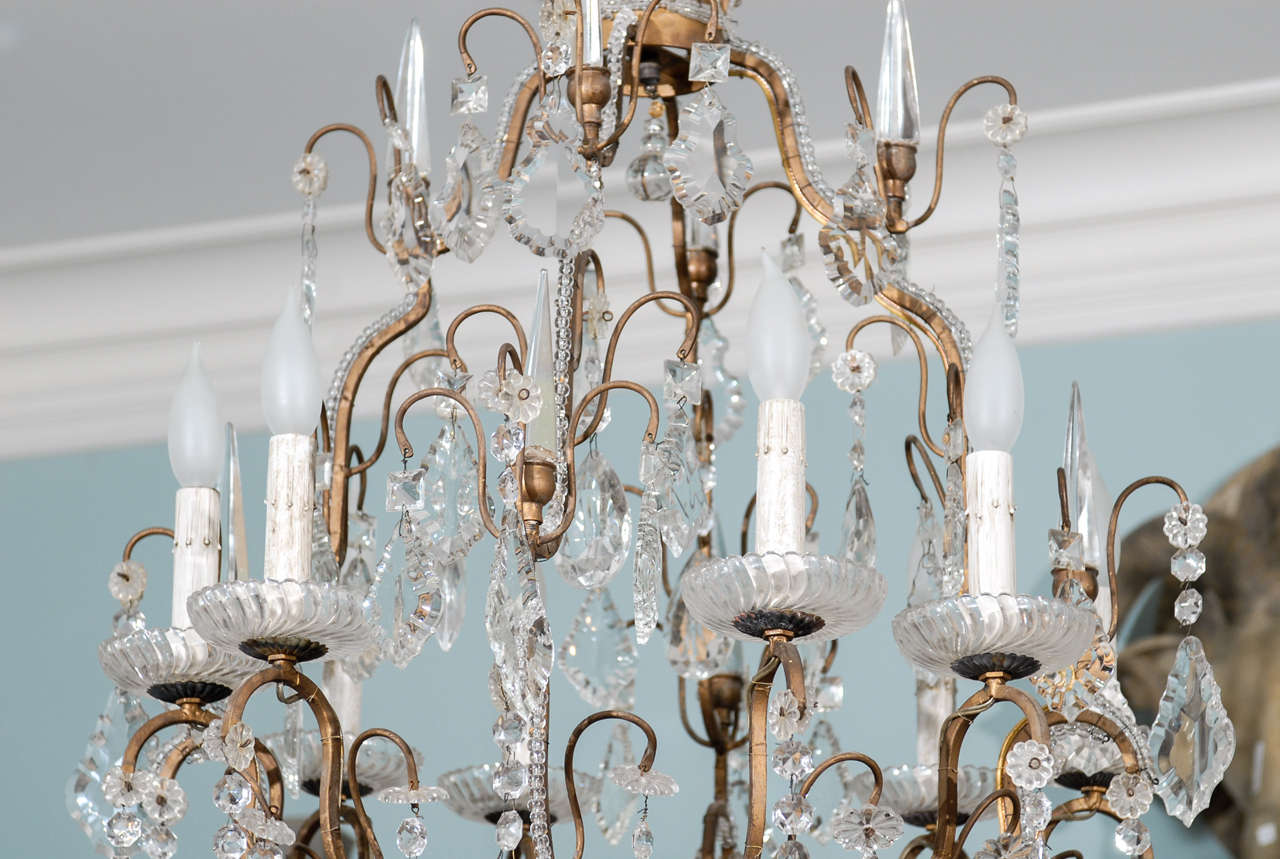 20th Century Italian Vintage Eight-Light Crystal Chandelier with Crown like Top For Sale