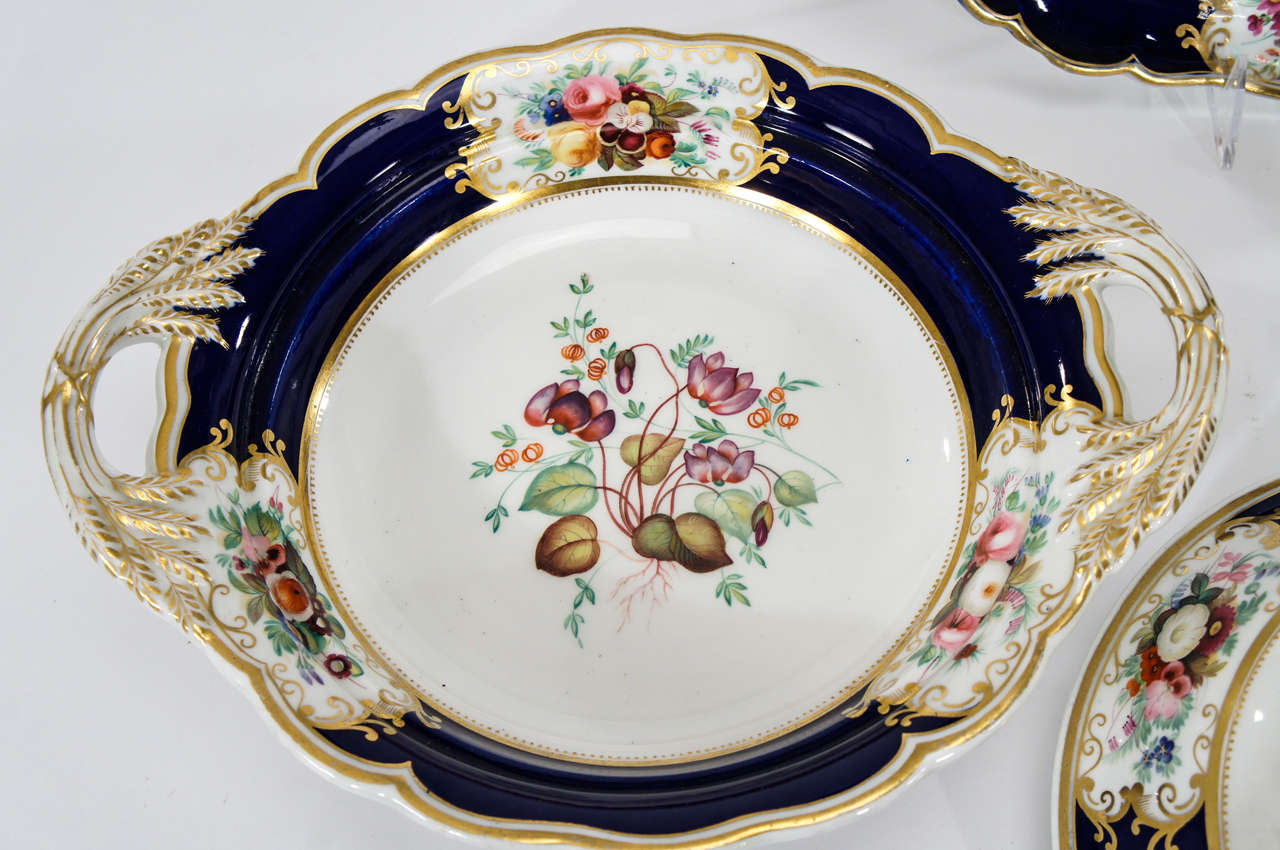 Chamberlain's Worcester Hand Painted Botanical Serving Pieces In Excellent Condition For Sale In Great Barrington, MA