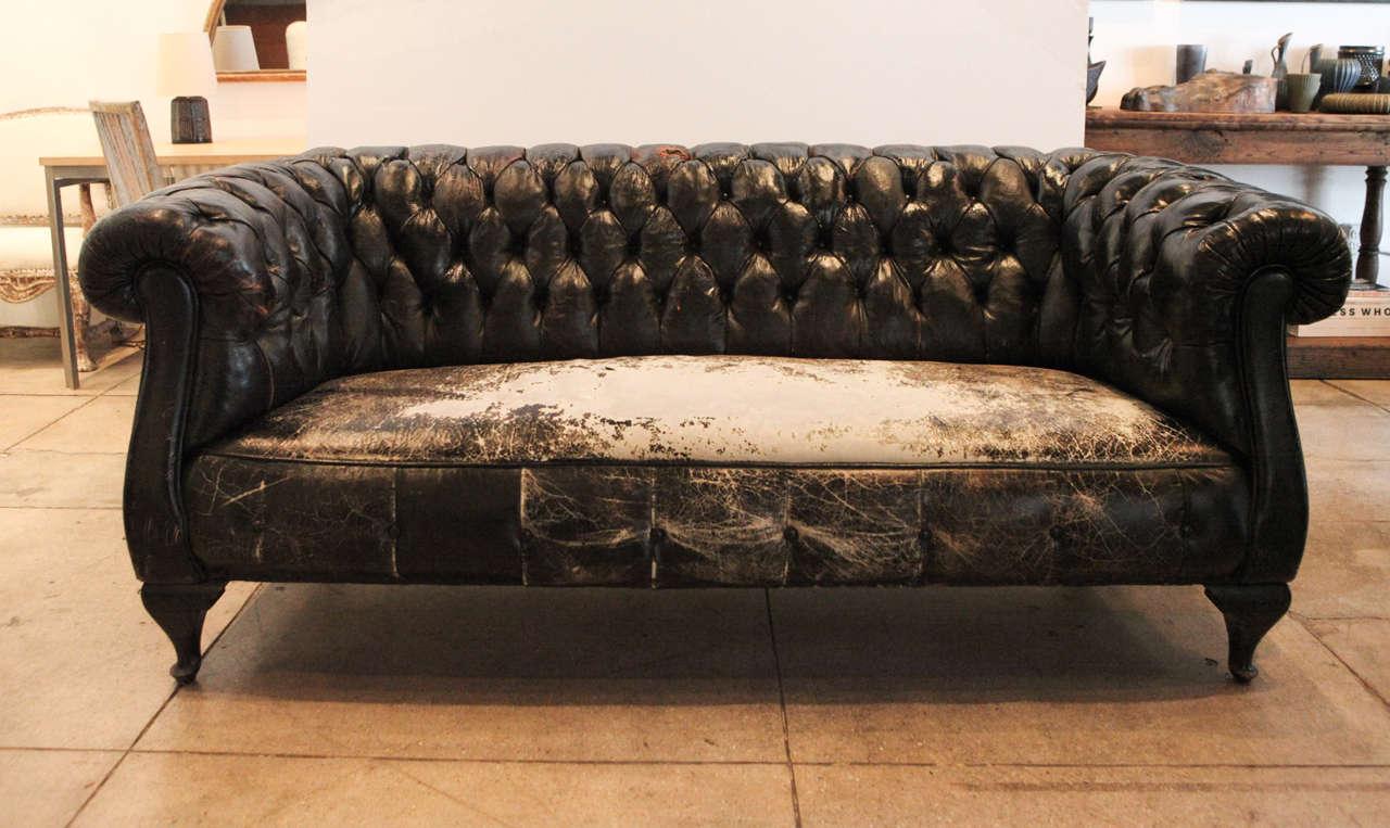 Swedish black leather chesterfield sofa circa 1930 at 1stdibs - Sofa piel vintage ...