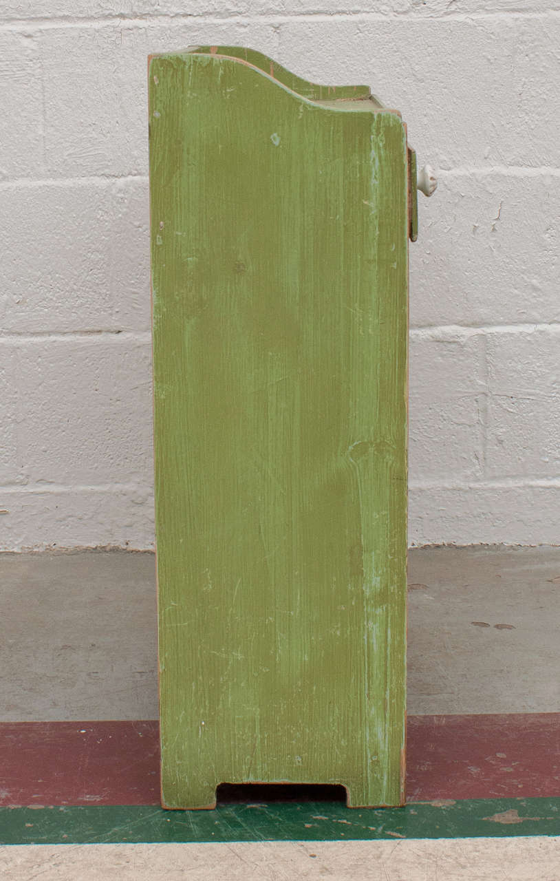 mastercraft kitchen cabinets painted pine bench at 1stdibs 4033