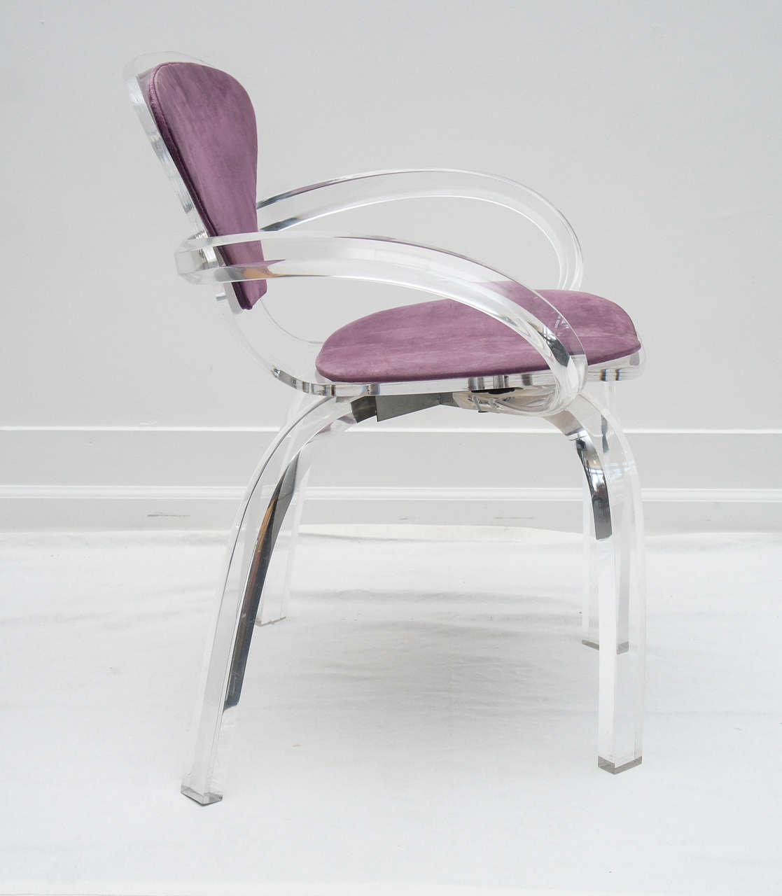 Mid-Century Modern set of 4 Lucite pretzel chairs, after Cherner     (available as single or pair) For Sale