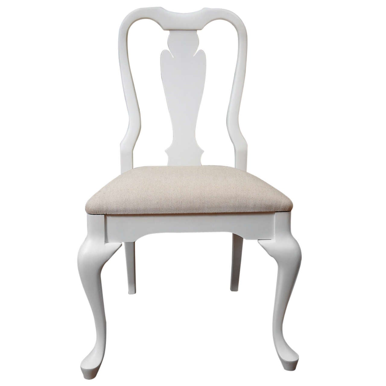 Queen Anne Style Chair at 1stdibs