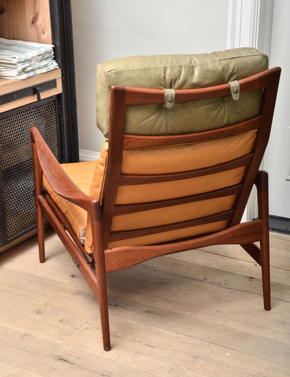 Mid-20th Century Midcentury Scandinavian Lounge Chair For Sale