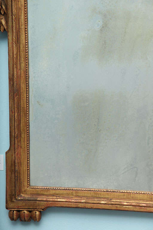 Louis XVI Carved and Gilded Mirror For Sale 1