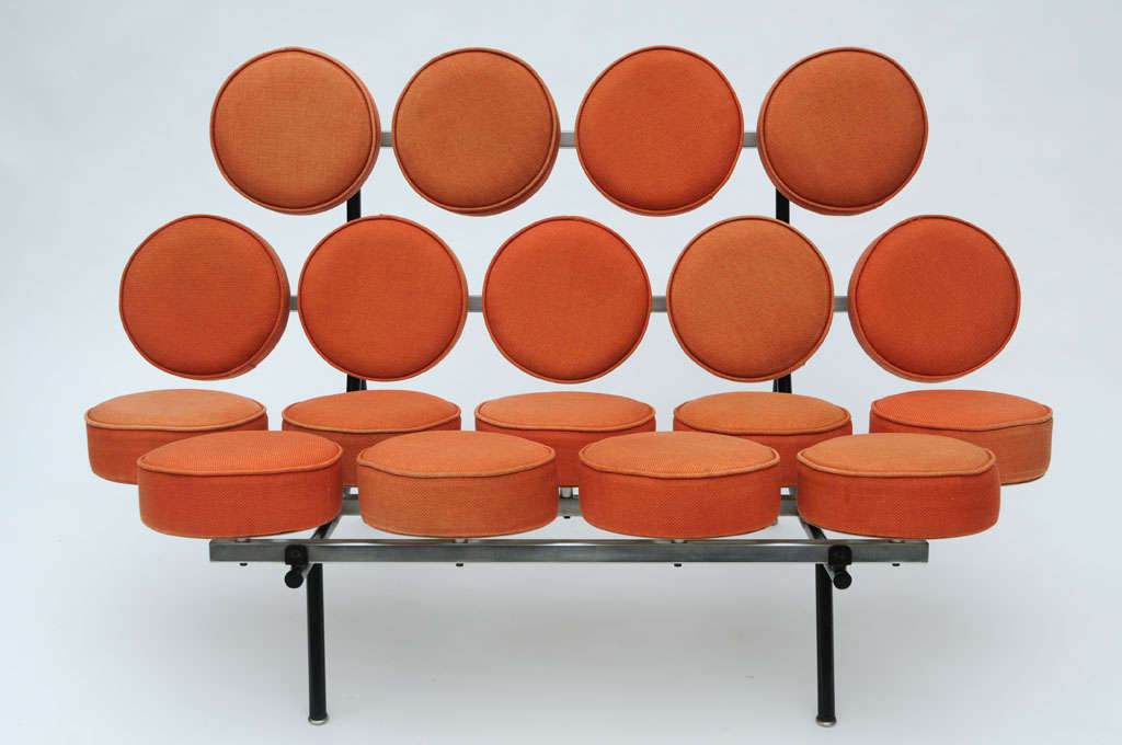 George Nelson Marshmallow sofa, model 5670