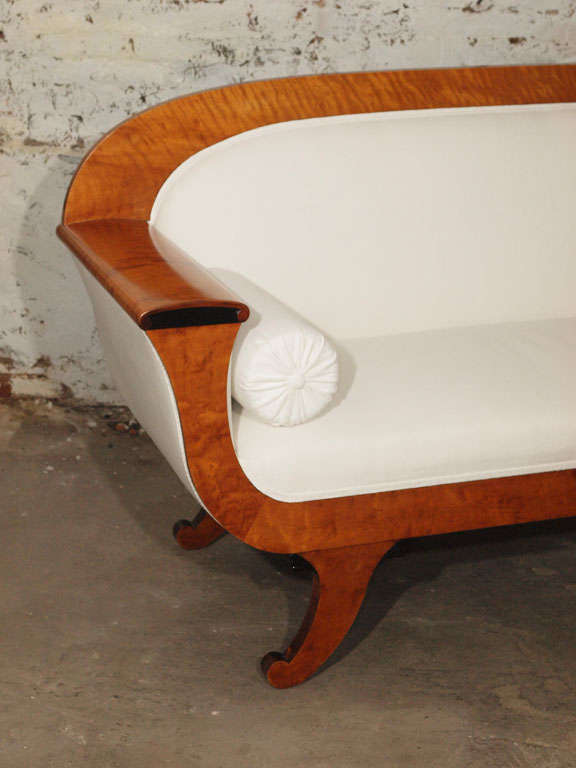 19th Century Biedermeier Sofa with Burled Walnut and White Belgian Linen For Sale 3