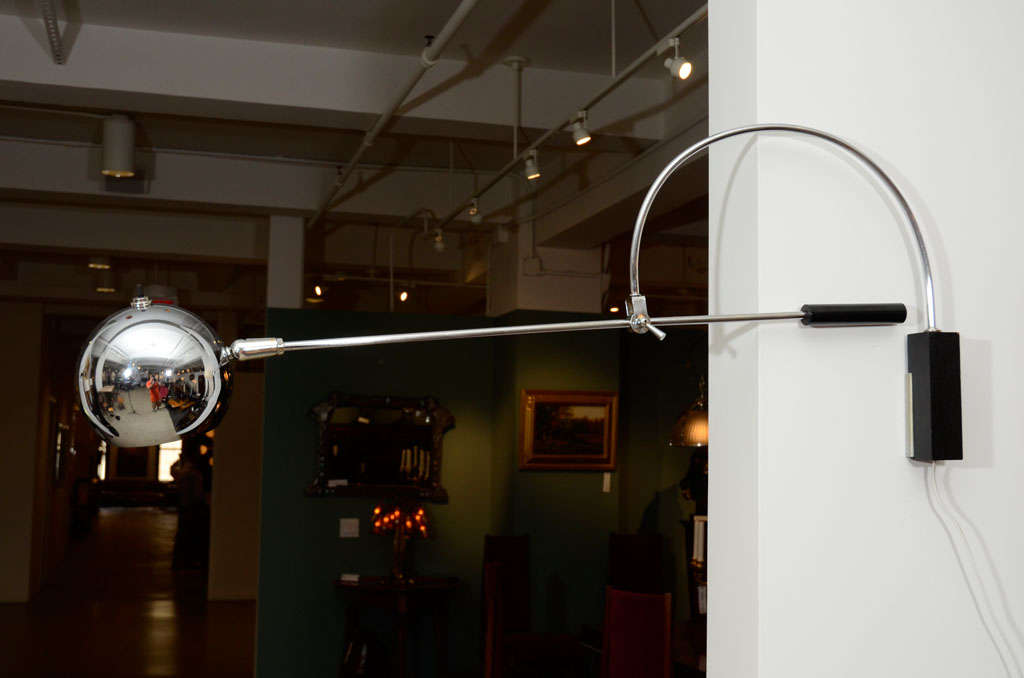 Oribiter Chrome Wall Lamp by Robert Sonneman In Excellent Condition For Sale In New York, NY