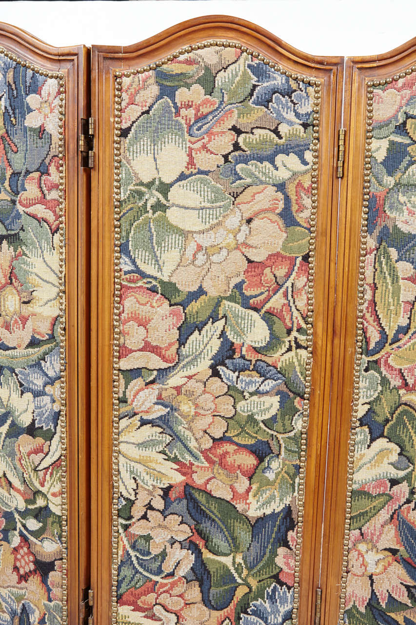 Small French Folding Screen With Floral Tapestry For Sale 4