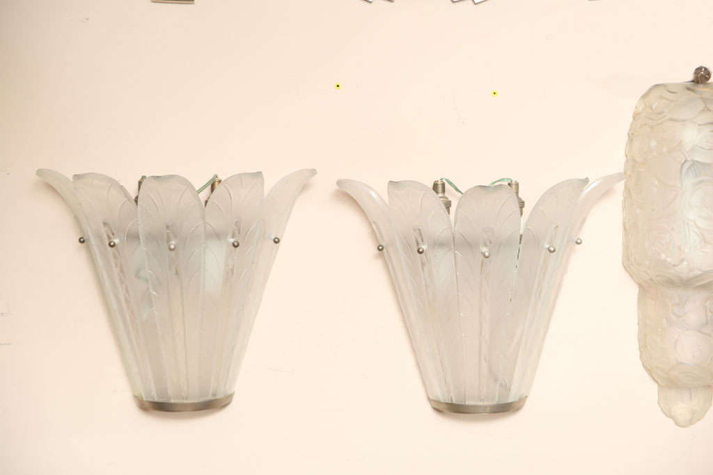French Pair of Art Deco Wall Sconces by Sabino For Sale