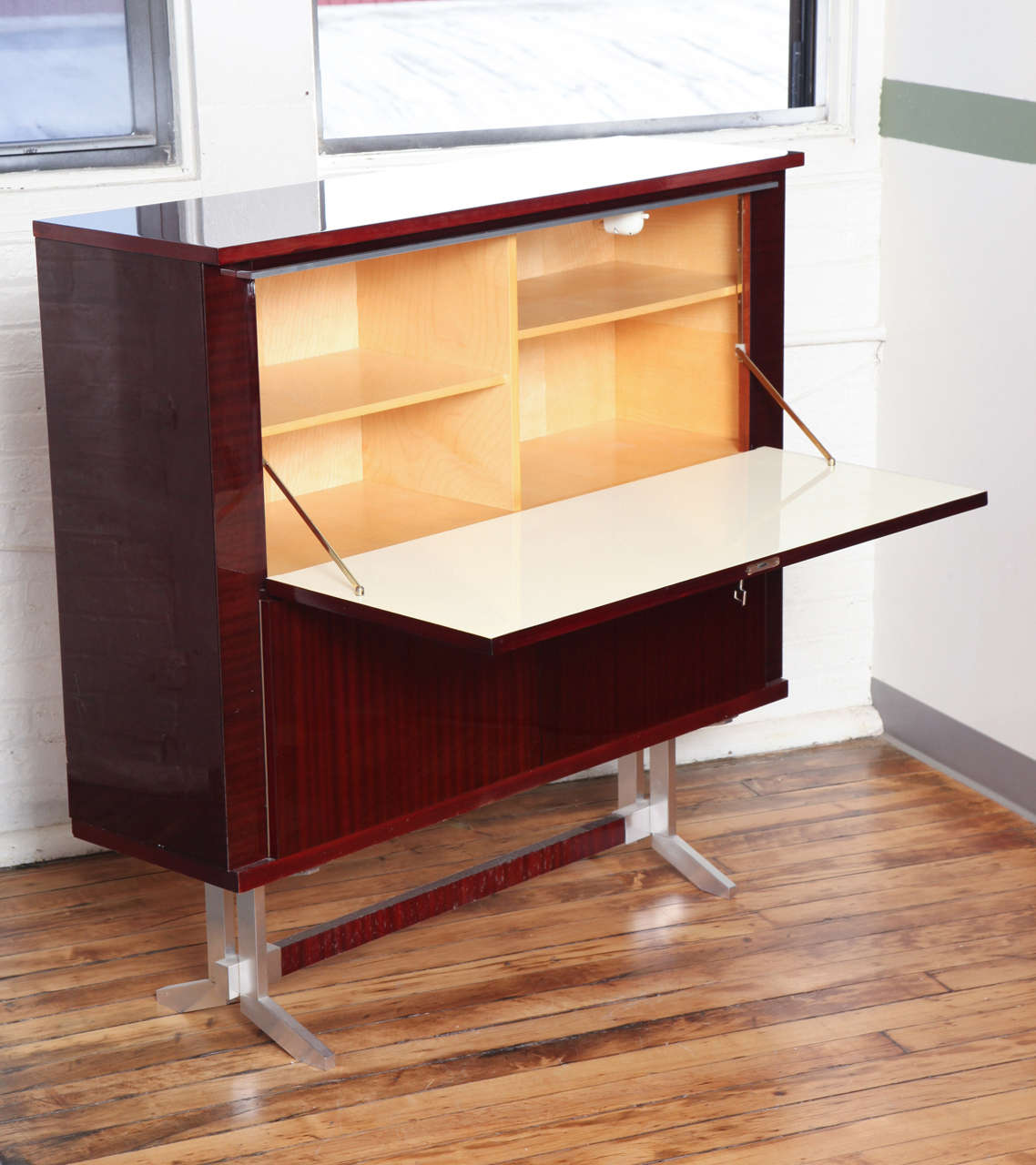chic and very functional mid century modern secretaire at. Black Bedroom Furniture Sets. Home Design Ideas