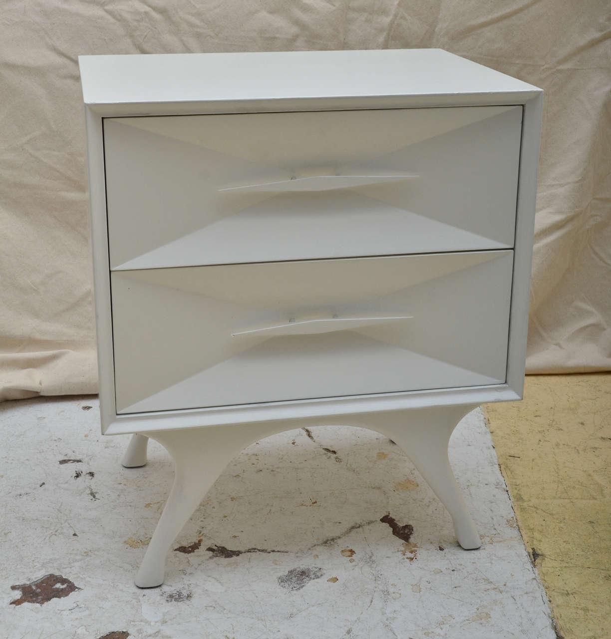 White Mid Century Modern Nightstand Part - 45: Pair White Painted Mid Century Modern Bedside Tables 2