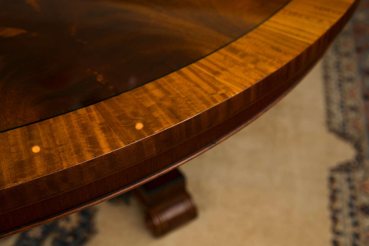 British Custom, Regency Style Circular Mahogany Dining Table For Sale