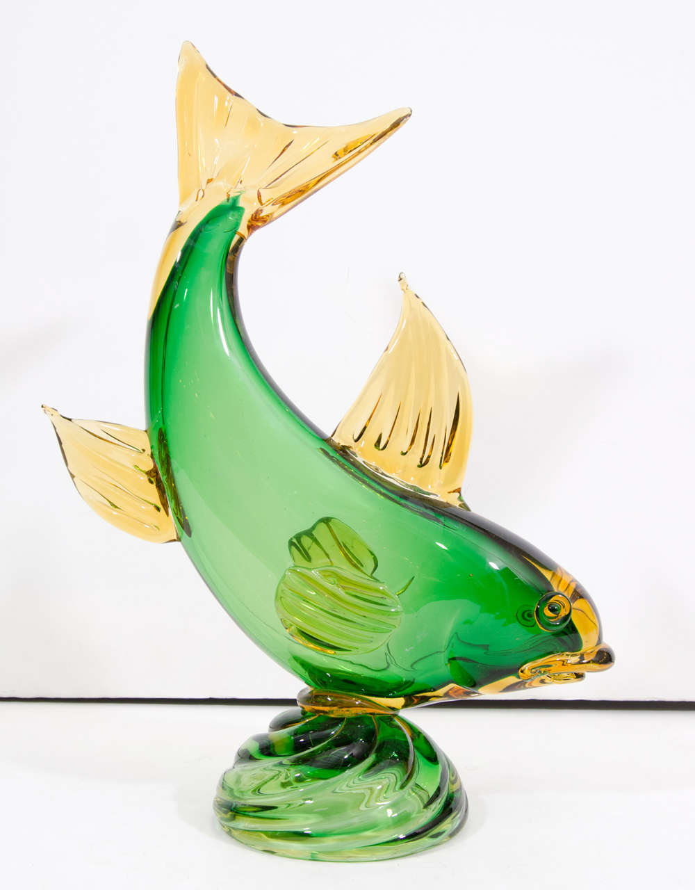 A mid century murano glass fish sculpture at 1stdibs for Murano glass fish