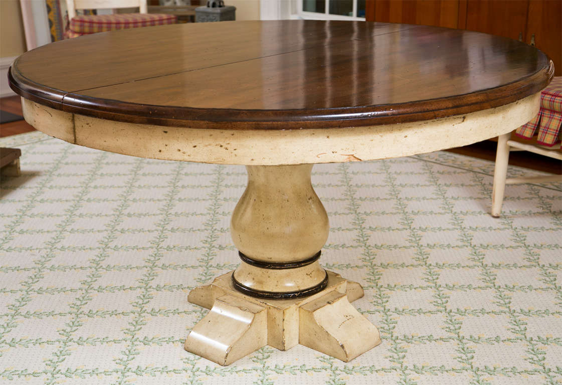 Pedestal Round Extension Dining Table at 1stdibs : 6K1A2773 from www.1stdibs.com size 1121 x 768 jpeg 104kB