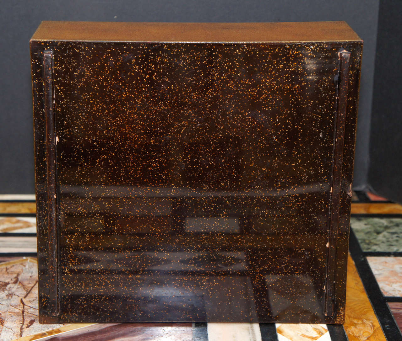 19th Century Meiji Period Japanese Lacquered Gold Two-Part Box For Sale