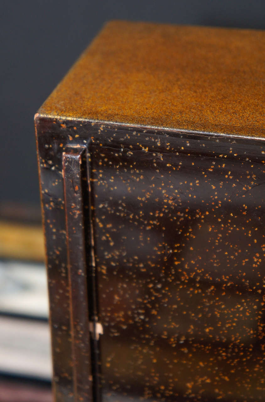 Copper Meiji Period Japanese Lacquered Gold Two-Part Box For Sale