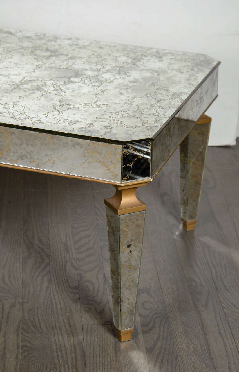 French 1940s Hollywood Regency Mirrored & Gilt Cocktail Table in the Manner of Jansen For Sale