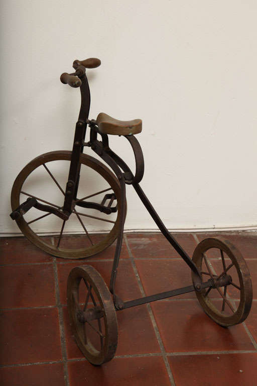 Antique Tricycle Toy in Iron and Wood from early 1900's 8