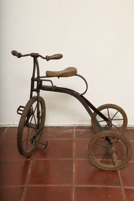 Antique Tricycle Toy in Iron and Wood from early 1900's 9