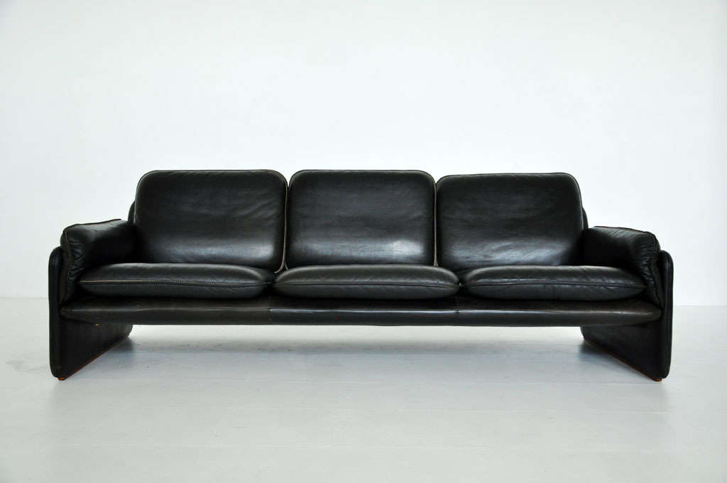 De Sede black leather sofa 2