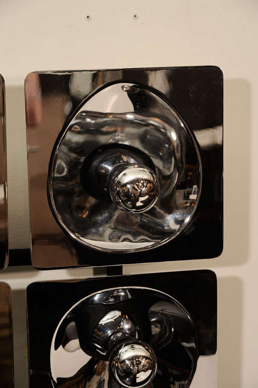 Modernist Four-Way Chrome Sconce & Wall Sculpture by Sciolari In Excellent Condition For Sale In New York, NY