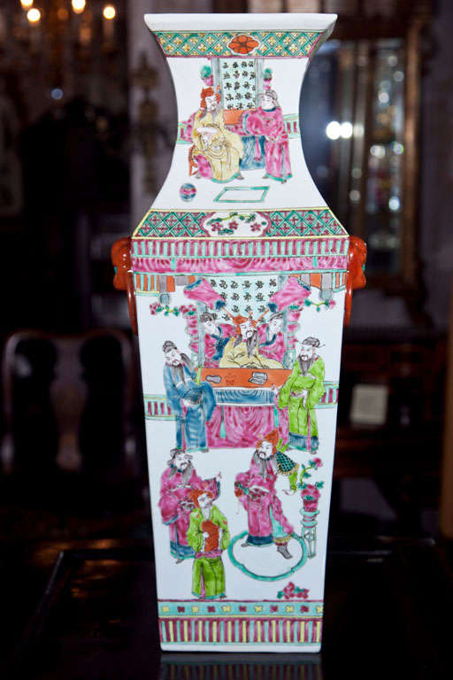 Pair Of Chinese Vases For Sale 3