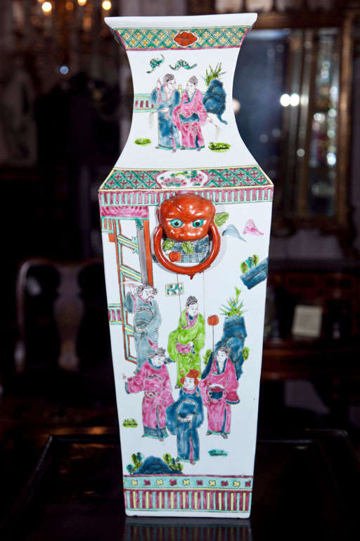 Pair Of Chinese Vases For Sale 4
