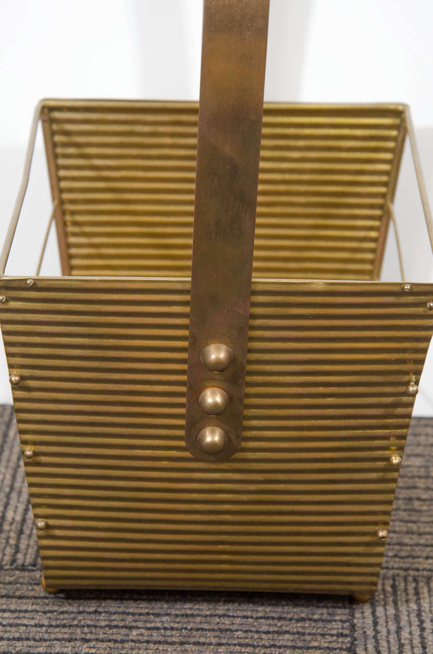Italian 1950s Brass Magazine Basket In Good Condition For Sale In New York, NY