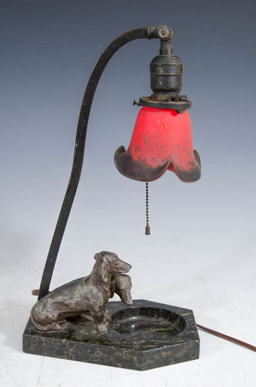 antique dachshunds table lamp with art glass shade at 1stdibs. Black Bedroom Furniture Sets. Home Design Ideas