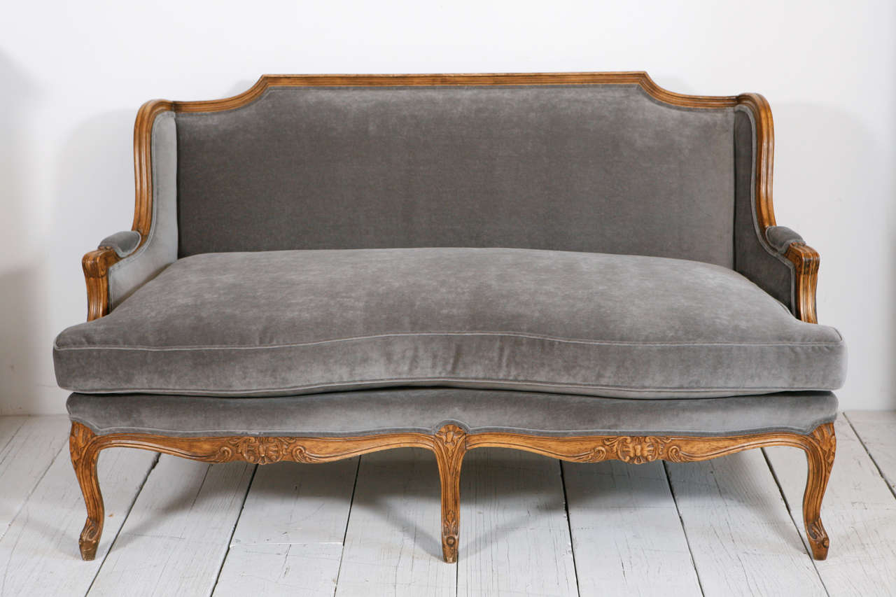 Louis xv style settee canape in grey velvet at 1stdibs for Canape style louis xv