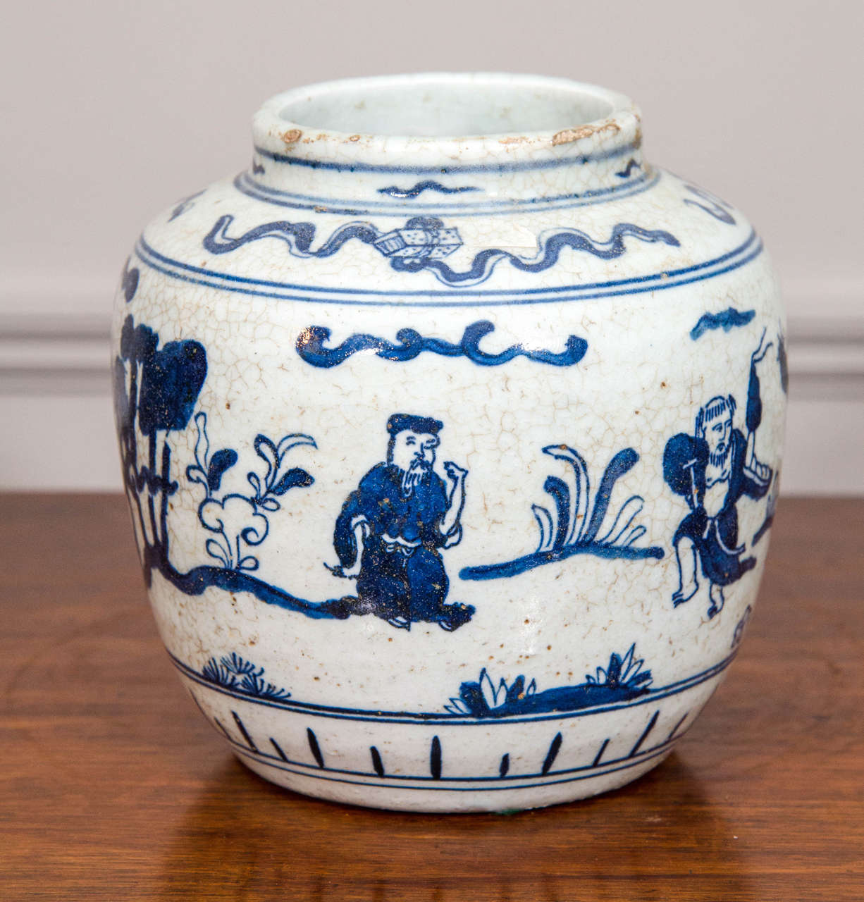 Qing Single Chinese Blue and White Porcelain Jar Decorated with Figures For Sale