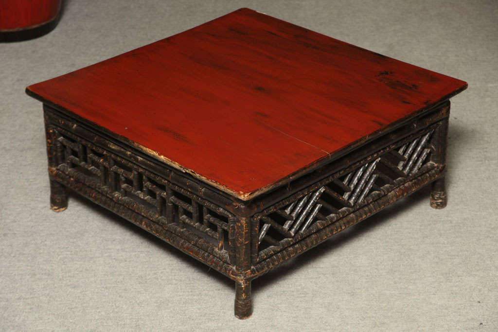 Small 19th Century Chinese Bamboo with Red Lacquered Top Coffee Table For Sale 7