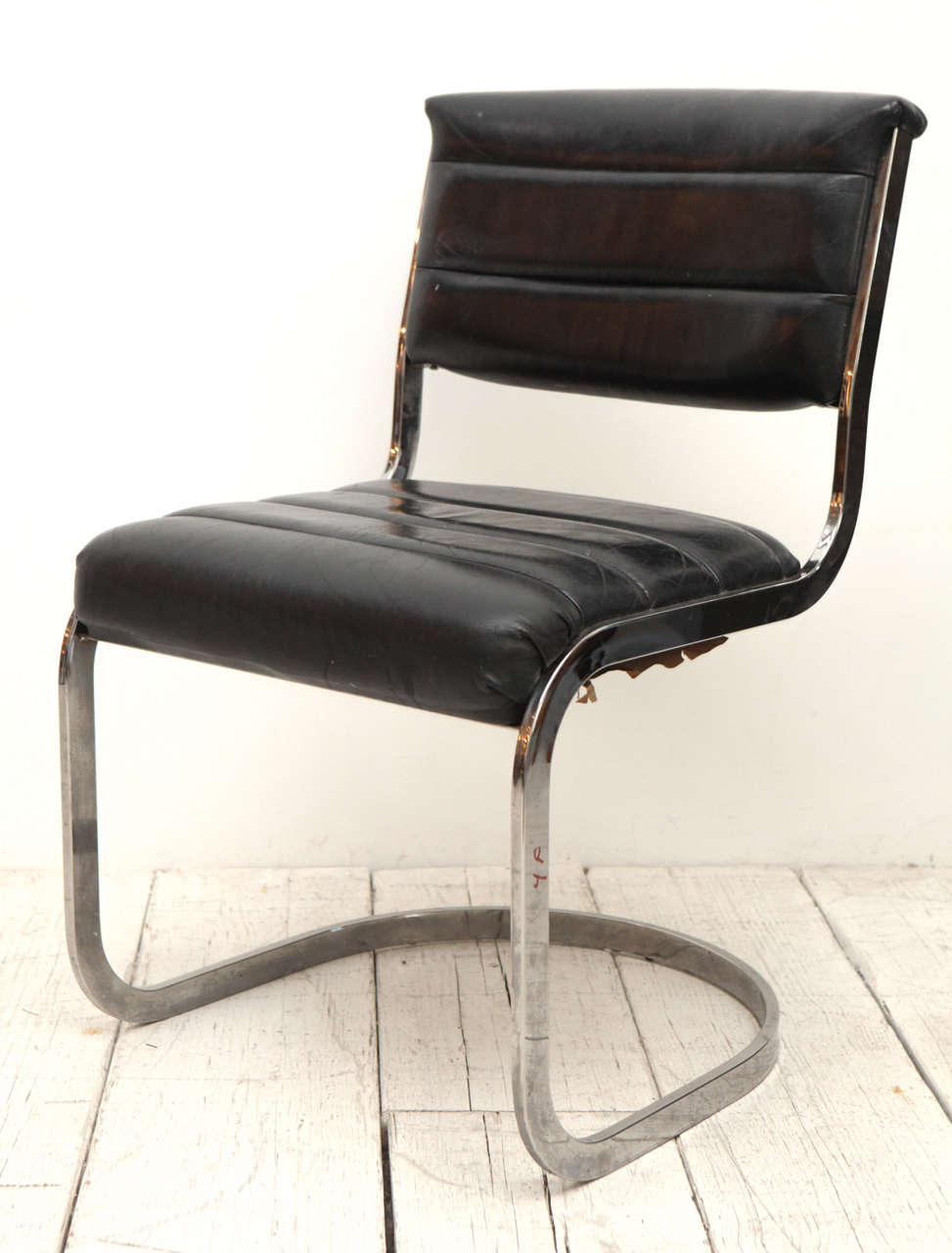 Set of four ribbed black leather and chrome cantilever for Leather and chrome dining chairs