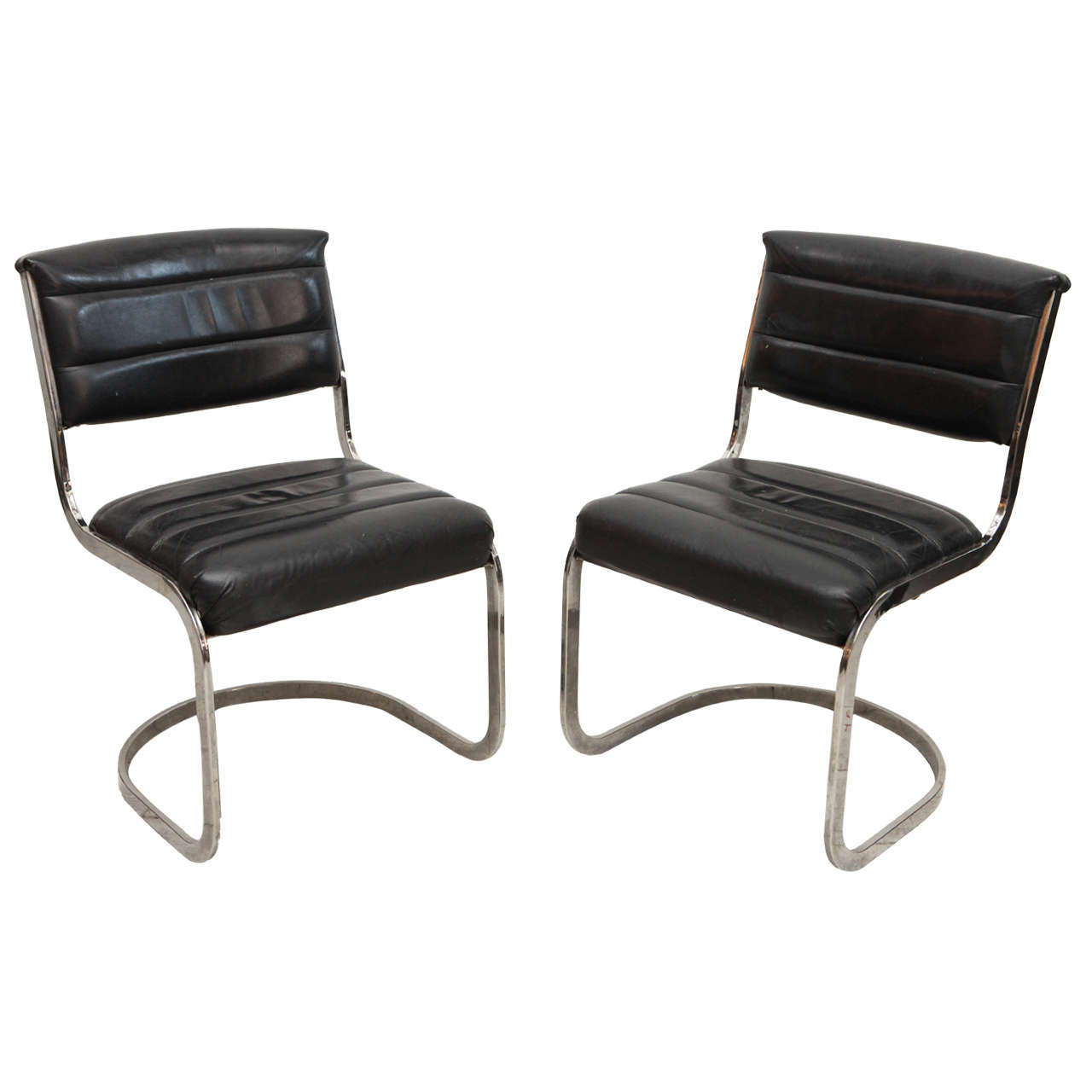 Set Of Four Ribbed Black Leather And Chrome Cantilever Dining Chairs 1